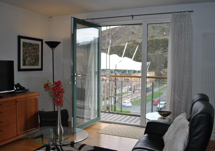 Dreamhouse Holyrood Apartments, Edinburgh