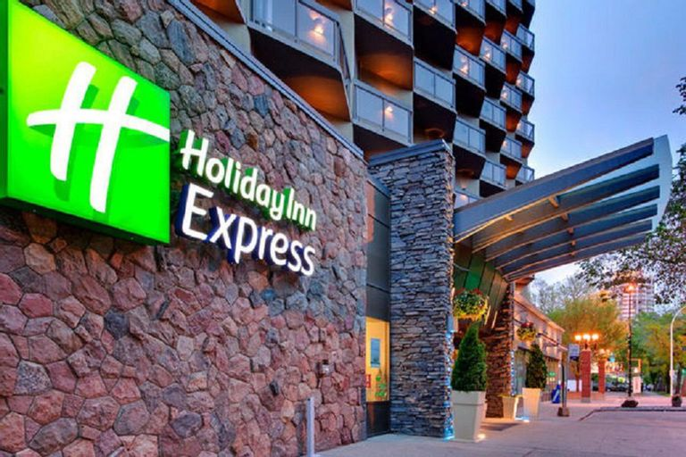 Holiday Inn Express Edmonton Downtown, Division No. 11