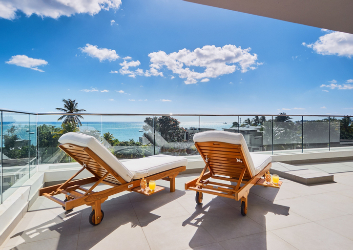 Liberty Drive Apartments and Penthouses,