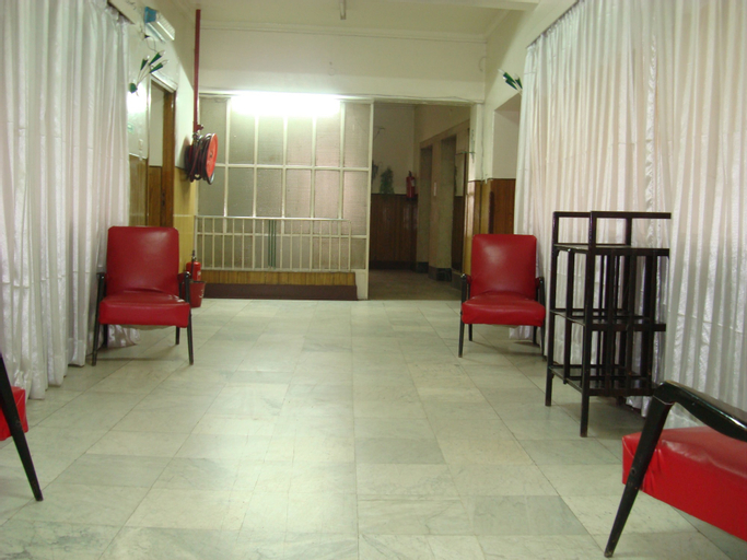 Lotus Hotel, Qasr an-Nil