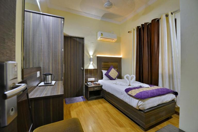 Hotel Samrat, Jabalpur