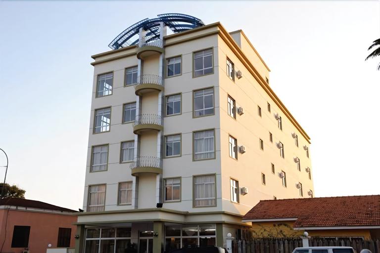 Hotel Ritz Aanisa, Libolo