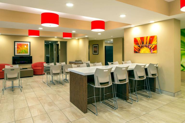 Microtel Inn & Suites by Wyndham Red Deer, Division No. 8