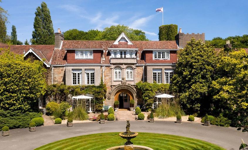 Longueville Manor,