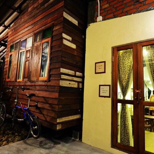 The Old Times Nakhon, Muang Nakhon Si Thammarat