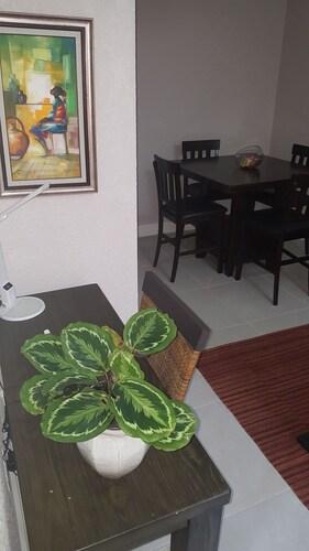 The Ravina Corporate Suites,