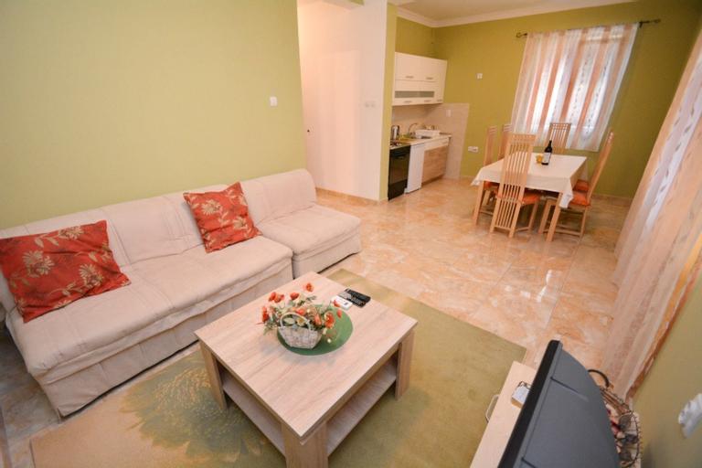 Apartments Marinero,