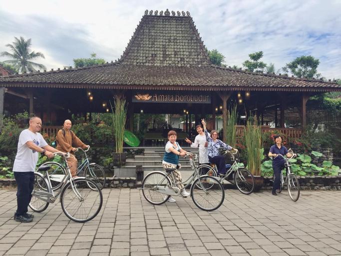 Amata Borobudur, Magelang