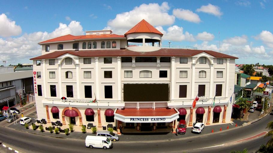 Ramada Paramaribo Princess Hotel, Meerzorg