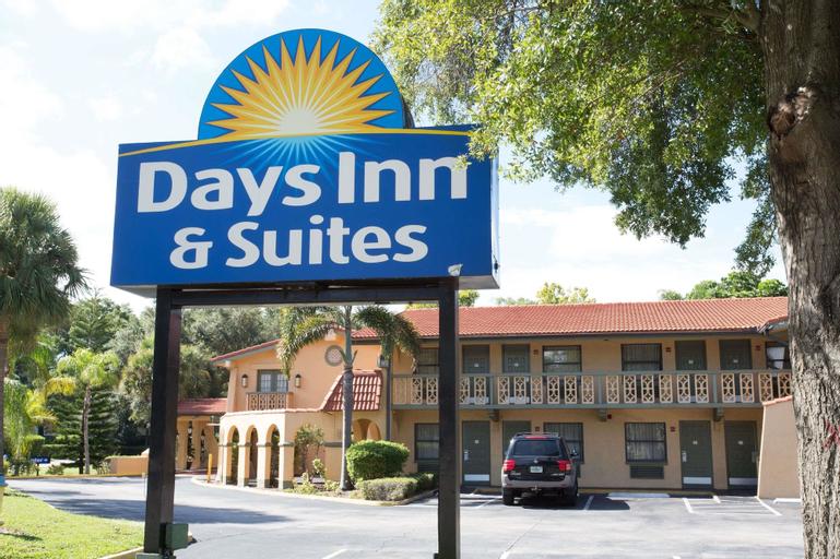 Days Inn & Suites by Wyndham Altamonte Springs, Seminole