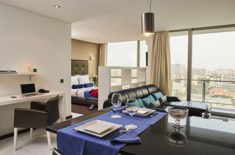 RK Suite Hotel, Ingombota