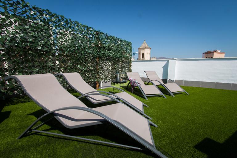 Holidays2Malaga Suites Apartments, Málaga