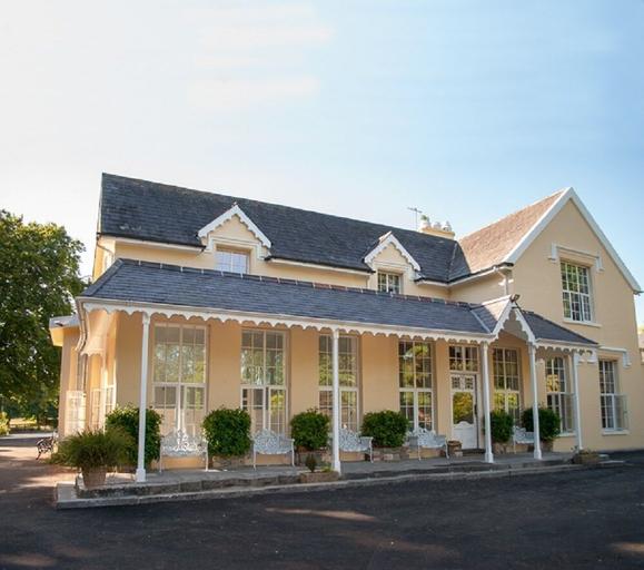 Greenway Manor Hotel,