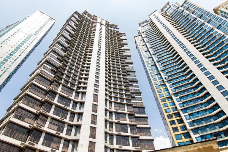 2 Bedroom Bellagio Towers by Stays PH, Makati City