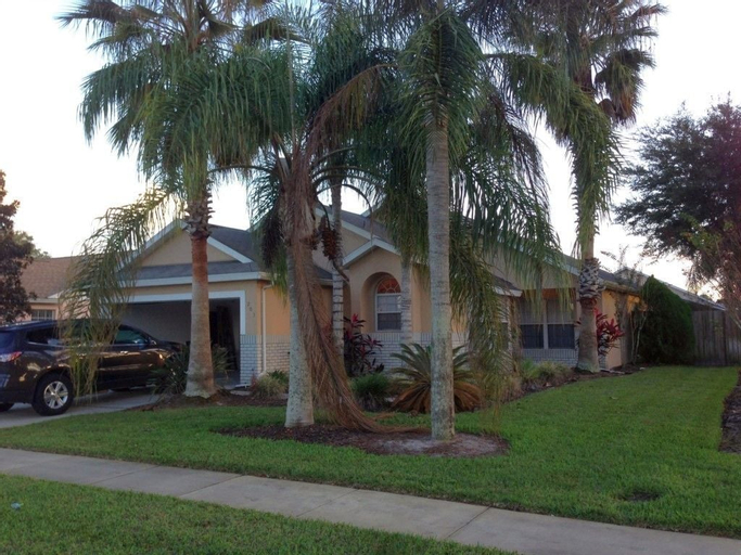 Indian Point 203 - Five Bedroom Villa with Private Pool, Osceola