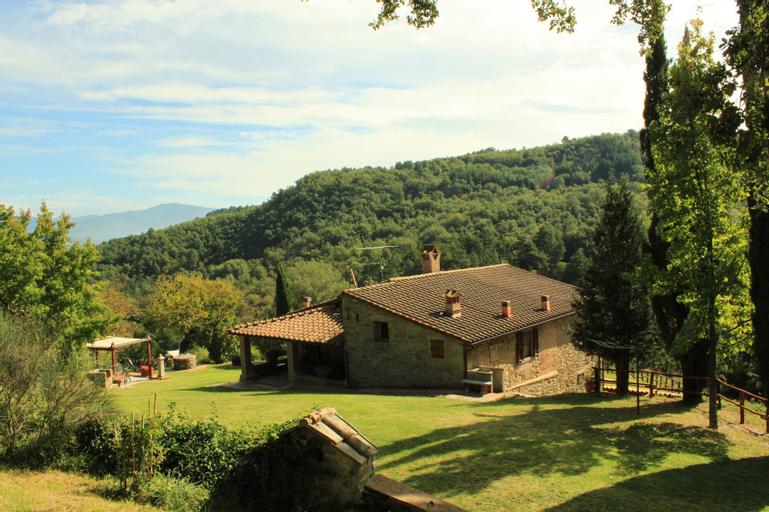 Bacche Rosse, Arezzo