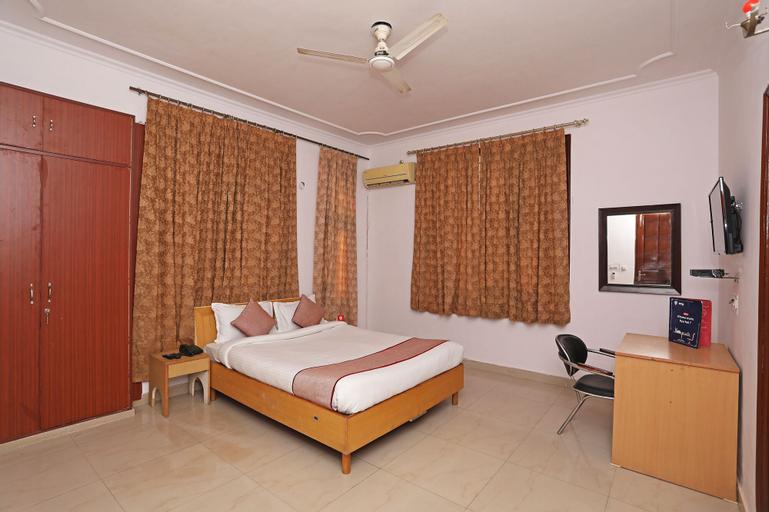 OYO 9962 Mascot Residency, Gautam Buddha Nagar