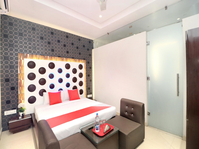 OYO 14829 Hotel J Cruise, Ludhiana