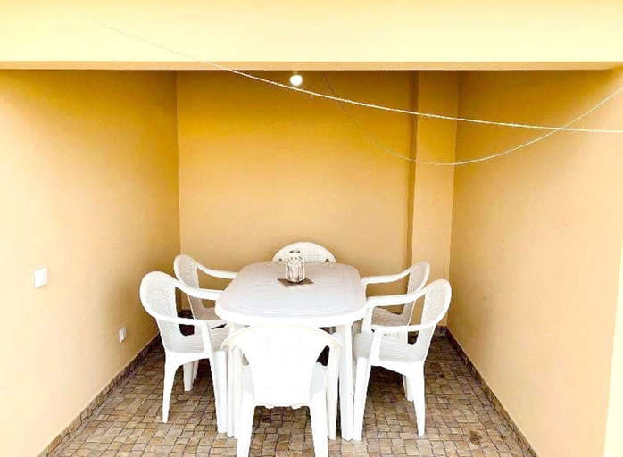 House With 3 Bedrooms in Marinha das Ondas, With Terrace and Wifi - 50 m From the Beach, Figueira da Foz