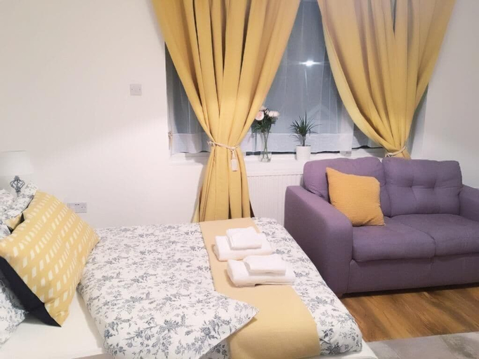 Charimore Rooms, London