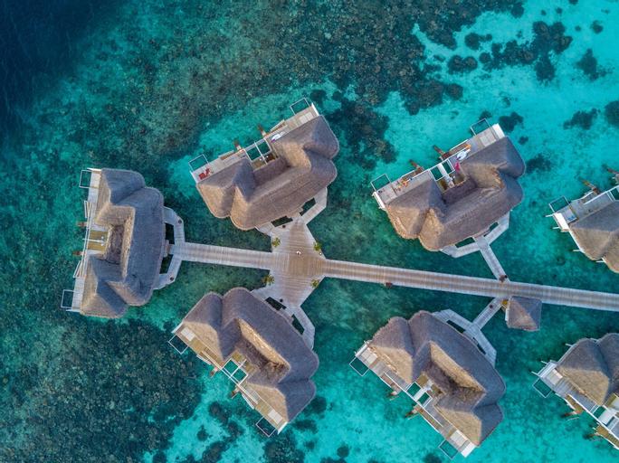 Centara Grand Island Resort & Spa Maldives All Inclusive,