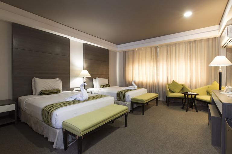88 Courtyard Hotel, Pasay City