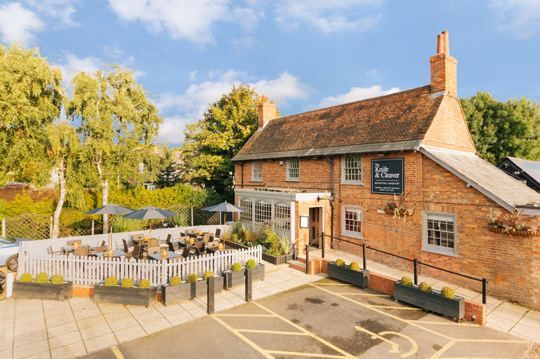 The Knife & Cleaver, Central Bedfordshire