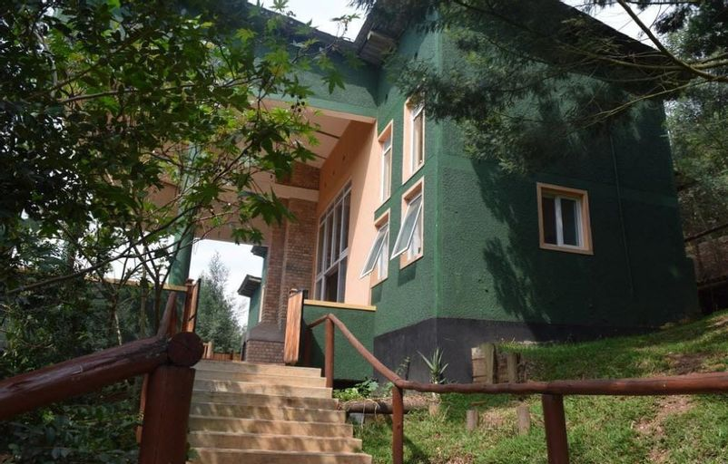 Summit Safari Lodge, Rukiga