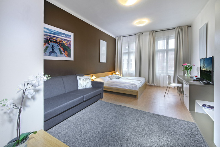 Downtown Suites Chlumova, Praha 8