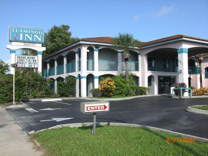 Flamingo Inn, Osceola