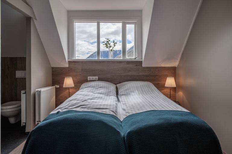 Holt Inn, Ísafjarðarbær