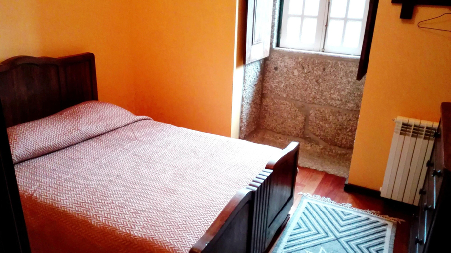 House With 5 Bedrooms in Taíde, With Enclosed Garden and Wifi - 45 km, Póvoa de Lanhoso