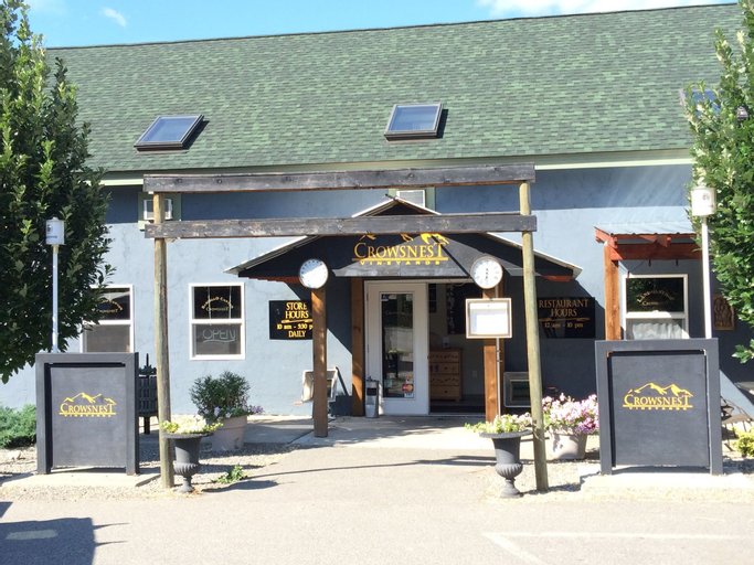 Crowsnest Vineyards Guesthouse, Okanagan-Similkameen