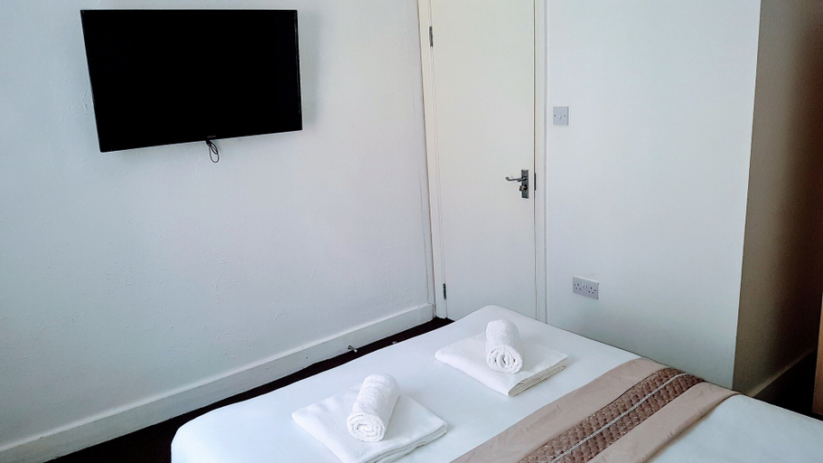 Central Comfort Rooms, London