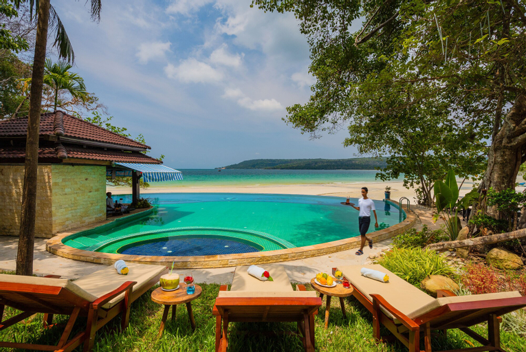 Koh Rong Hill Beach Resort, Botum Sakor