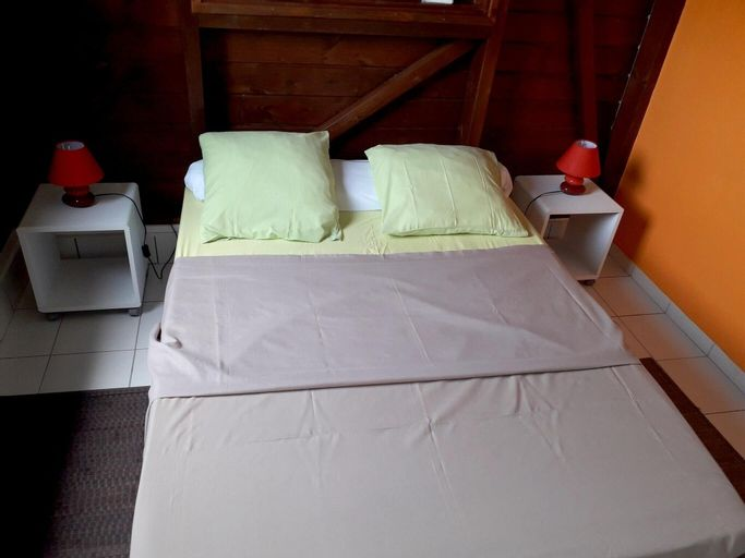 Apartment With one Bedroom in Le Gosier, With Wonderful Mountain View,, Le Gosier