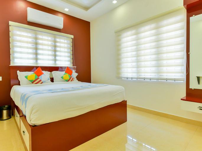 OYO 23330 Home Luxury Stay Nettoor, Ernakulam