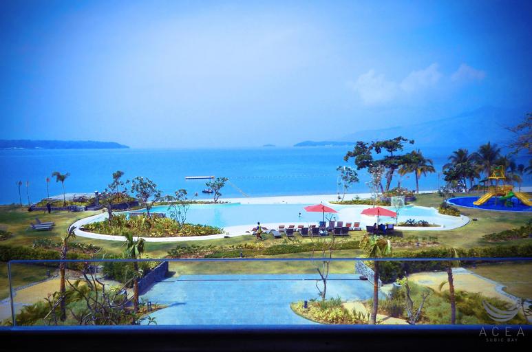 Acea Subic Bay, Morong