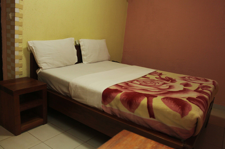 Adamaoua Hotel, Vina