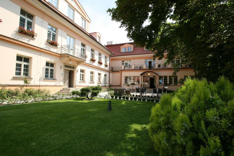 Castle Residence Praha, Praha 7