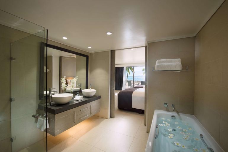 DoubleTree Resort by Hilton Hotel Fiji - Sonaisali Island, Ba