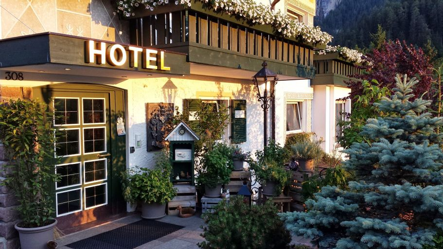 Chalet Hotel Hartmann – Adults Only, Bolzano