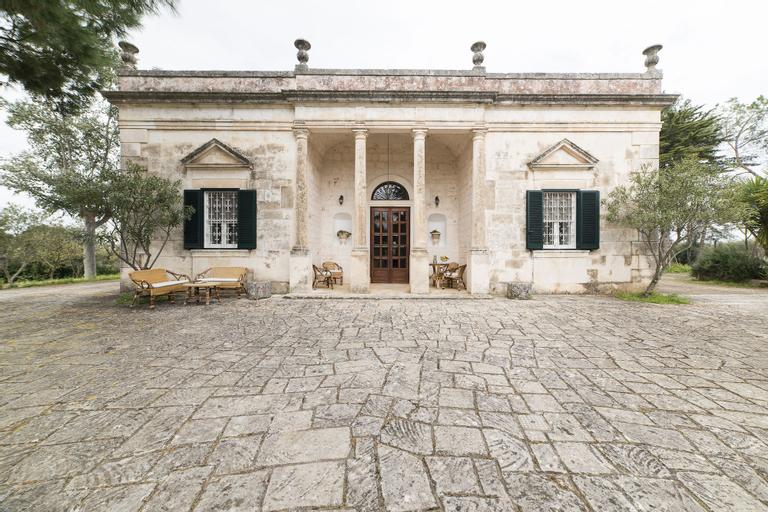 Villa Angela, Brindisi