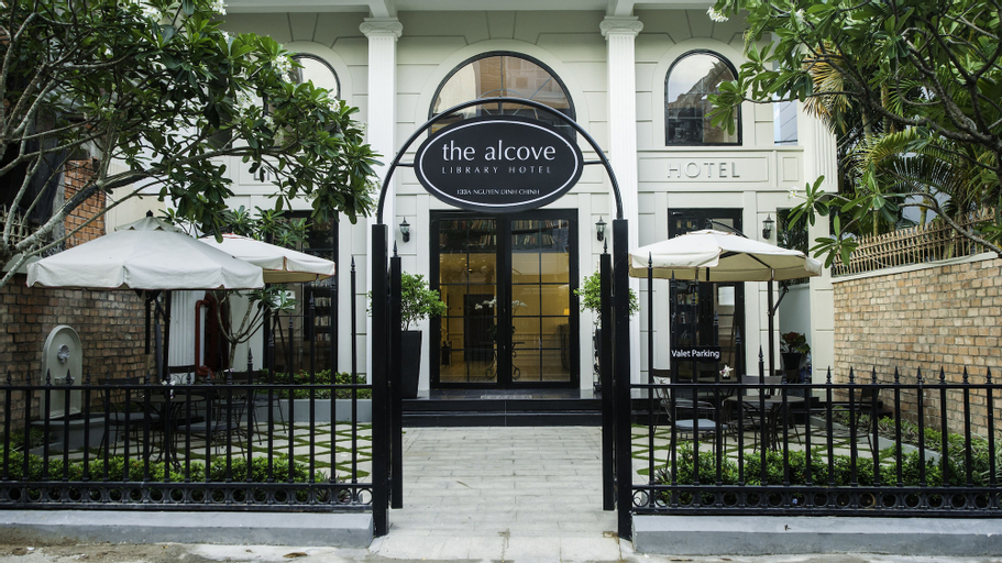 The Alcove Library Hotel, Phú Nhuận