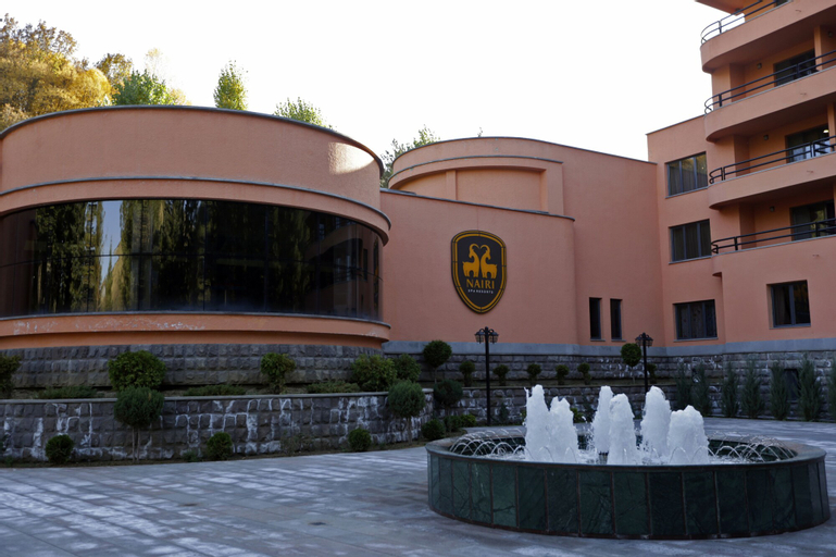 Nairi SPA Resorts Hotel,