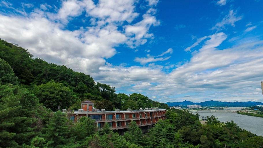 Walkerhill Douglas House, Jungnang