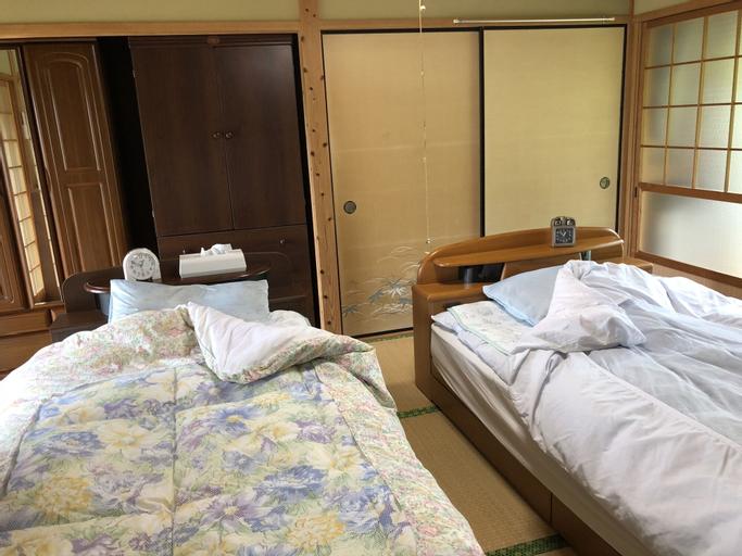 NISHINOKUBO, Taketa