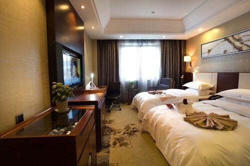 Huangshan JOYMOON HOTEL(LaoJie Branch), Huangshan