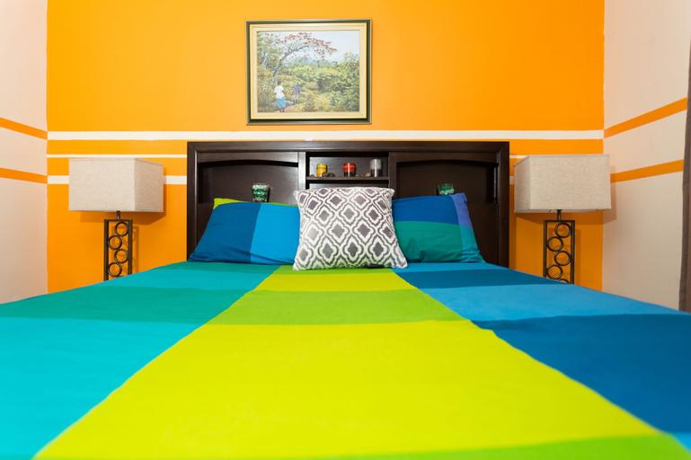 Caymanas Estate Country Club Villa,