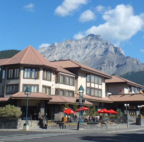 The Elk & Avenue Hotel, Division No. 15
